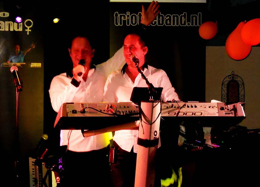 Optreden Duo The Band, vakantiepark, Band inhuren