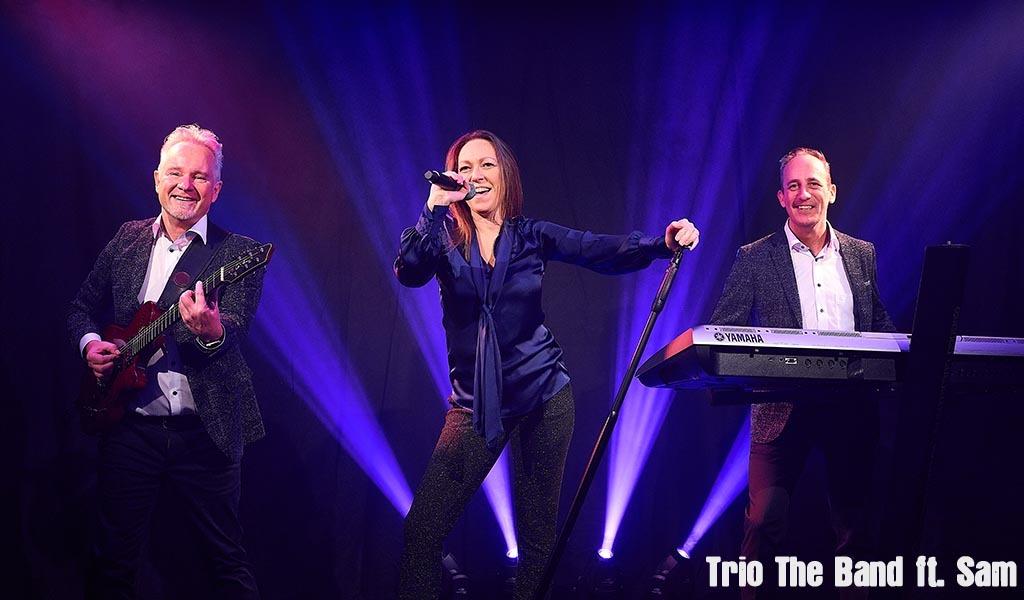 Coverband met zangeres, Trio Band, Samantha den Herder, Bruiloftband, Huwelijksfeest, live muziek